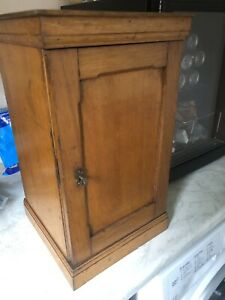 Attractive Antique Oak Coin Collectors Cabinet With Lock And Key