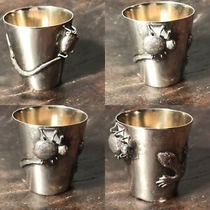 Antique 19th C Chinese 3d Solid Silver Shot Cup Carved Lizard Catching A Bug