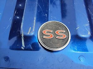 Original Gm 1964 Chevy Impala Center Console Ss Emblem