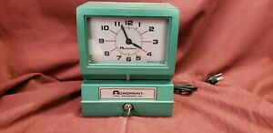 Acroprint 150qr4 Time Clock Punch Clock Time Card Stamp 1500e W Key 2318