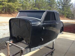 1932 32 Ford Cabriolet Replacement Fiberglass Body Hung And Latched