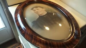 Antique Oval Bubble Glass Frame 19x25 Ext 13x19 Int Tiger Faux Wood 2