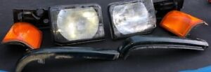 99 02 Land Rover Discovery 2 Headlights Blinker Lights Under Trim Mounting