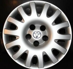 1 Toyota Camry 2002 To 2006 Hubcap 61116 Original Factory New Wheel Cover