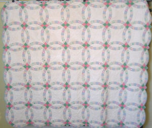 Incredible Antique Double Wedding Ring Quilt