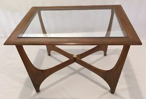 Vintage Mcm Lane Rectangle Shaped Walnut And Glass Accent Side Table