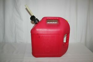 5 Gallon 18 9 L Vented Gas Can Blitz Poly Plastic Red Fuel Usa Flexible Spout
