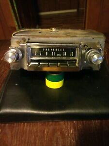 1966 66 Chevrolet Chevy Impala Caprice Am Push Button Radio 986545 Tested