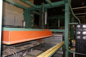 Vacuum Forming Double Shuttle Pressure Former 48 X 66 Top And Bottom Platens