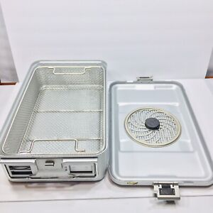 Aesculap 78532 Tuttlingen Sterilization Container 17 x11 x5 With Basket