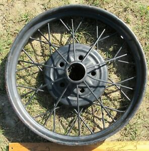 Antique 1928 29 Ford Model A 22 1 4 Wire Wheel 5 Bolt Rim 2