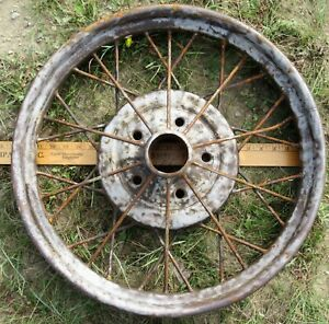 Antique 1928 29 Ford Model A 22 1 4 Wire Wheel 5 Bolt Rim