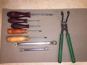 Matco Tools Lot Of 8 Miscellaneous Screwdrivers Other Hand Tools