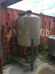 Stainless Steel Tank Approx 260 Gallon Capacity Good Condition Used