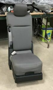 15 18 Ford F 150 Xlt Standard Cab 40 20 40 Oem Cloth Jump Seat Center Console