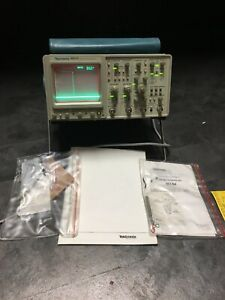 Tektronix 2465a 4 Channel 350 Mhz 2 Acc Analog Oscilloscope Tested