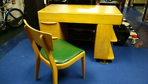 Heywood Wakefield Kneehole Desk With Chair Champagne Finish Nice Condition