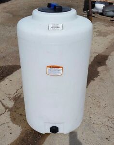 65 Gallon Vertical Poly Tank container Indoor Water Or Chemical Storage