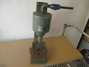 Mead H122 4 Fluid Dynamics Spring Return Pneumatic Air Press With Tooling