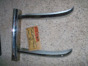 Nos 1949 1954 Pontiac Rear Bumper Wing Guard sedan Delivery wagon 984299