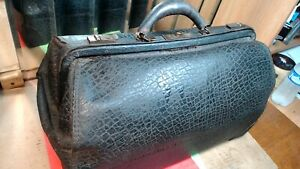 Vintage Large Leather Doctor S Carry Bag