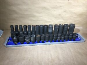 Expert Cr Mo 27pc Socket Set W Magnetic Tray