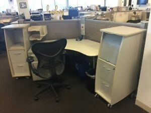Used Office Cubicles Herman Miller Resolve 5x5 Cubicles