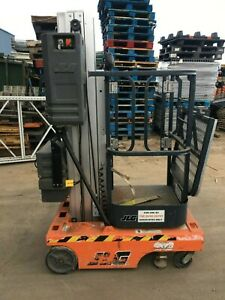 2007 Jlg 12sp Man Lift 12 Deck 18 Work Hgt 12v Push Around Style W outriggers