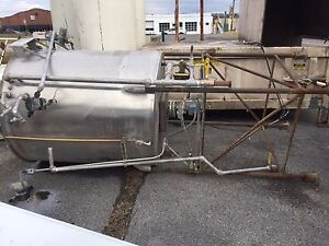 Chem tech Stainless Steel Tank Has Lid 533 Gallon Ovs Capacity Good Condition