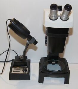 Bausch Lomb Stereozoom 7 Microscope On A Stand W B Base Illuminator