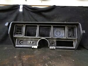 1970 1971 1972 Buick Skylark Dash Bezel Panel W wiper Switch