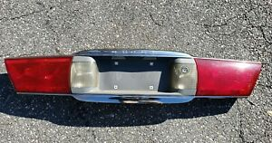 2000 2005 Buick Lesabre Center Tail Light Reverse Light Assembly Oem