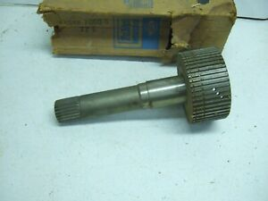 New Oem Ford 5000 Selectospeed Output Shaft C5nn7060g