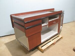 Heavy Duty Commercial 81 l X 32 w Retail grocery Store Check out pos Counter