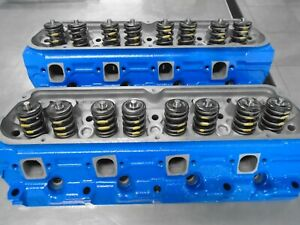 302 Small Block Ford Gt40p Cast Iron Cylinder Heads Complete