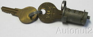 1933 Plymouth Trunk Handle Lock Cylinder With 2 Yale Keys Nos Early Models
