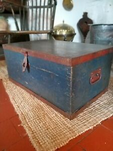 A Super Small Victorian Painted Chest Box Coffe Table