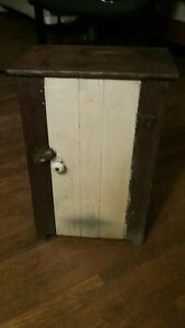 Small Antique Early Primitive Countrywood Cabinet Original Paint Nice Patina 20