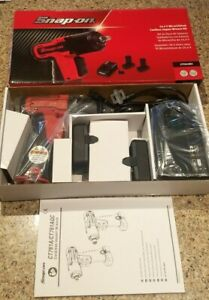New Snap On 14 4 3 8 Drive Micro Lithium Cordless Impact Wrench Kit Ct761ak2