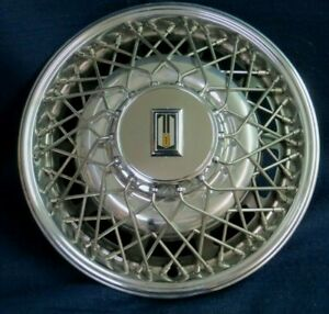 Oldsmobile Toronado 1980 1981 15 Wire Wheel Cover Hubcap With Lock 1 Oem