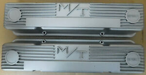 M T 140r 50b Valve Covers Early Sb Chevy W Logo Tall Silver Finned Pair