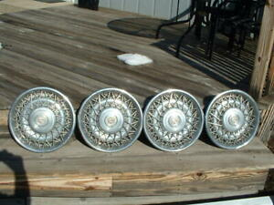 1975 84 Cadillac Wire Chrome 15 Hubcaps Wheel Covers 16725 253786 Set Of 4
