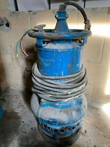 Toyo Submersible Pump 3 Discharge 460 V Three Phase Induction 290 Usgpm