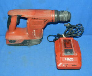 Hilti Te4 a18 18 Volt Cordless Rotary Hammer Drill W Battery Charger
