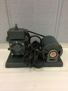 Welch Duo seal Laboratory Vacuum Pump Model 1400 Working Free Shipping