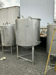 Stainless Steel Food Grade Tank Approx 400 Gallons Used In Decent Shape
