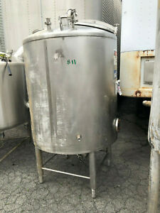 Stainless Steel Food Grade Tank Approx 450 Gallons Used In Good Shape