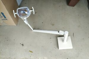 Adec Dental Track Light 3 Available Can Be Sold Separately