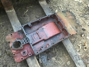 Ih International 300 Utility Transmission Top Cover