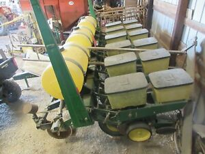 John Deere 7000 6 Row Planter W liquid Fertilizer Insecticide Boxes